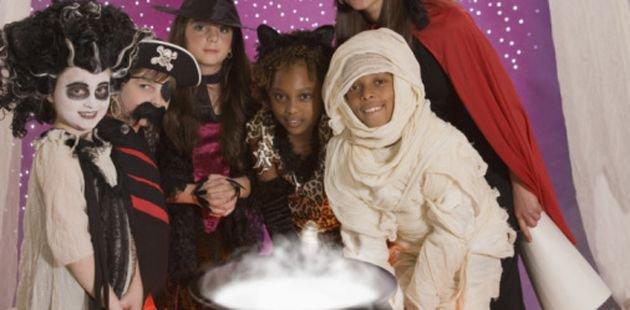 Детские игры на Хэллоуин: «Ужин для ведьмы»