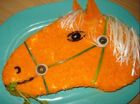 Салат «Лошадь» на Новый год