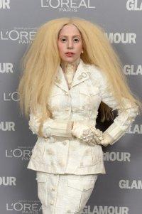 Леди Гага призналась, что она курила