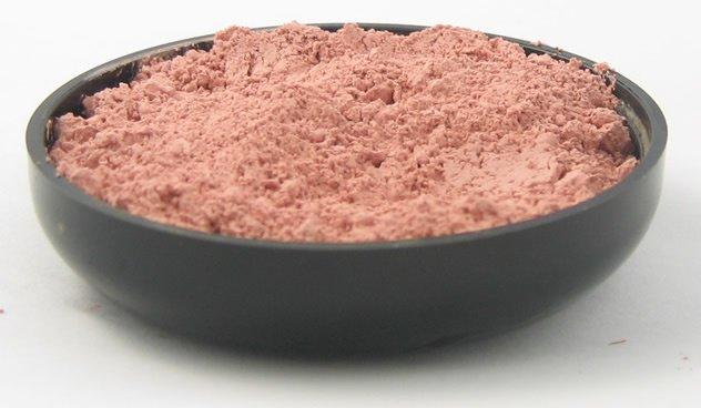 Розовая глина для лица