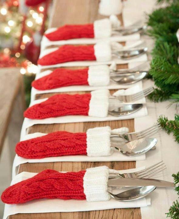 Идея для сервировки стола к Новому году