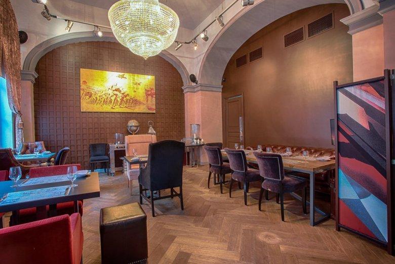 Ресторан «Маяковский» в Санкт-Петербурге