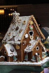 Без чего не бывает Нового года: пряничный домик