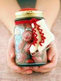 Новогодний подарок своими руками: баночка с сюрпризом