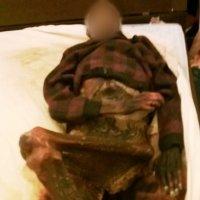 Безутешная вдова год спала в постели с умершим мужем