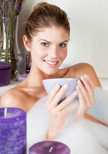 Согревающая ванна с эфирным маслом апельсина