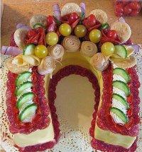 Закусочный торт «Подкова» на Новый год