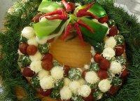 Праздничная закуска «Новогодний венок»