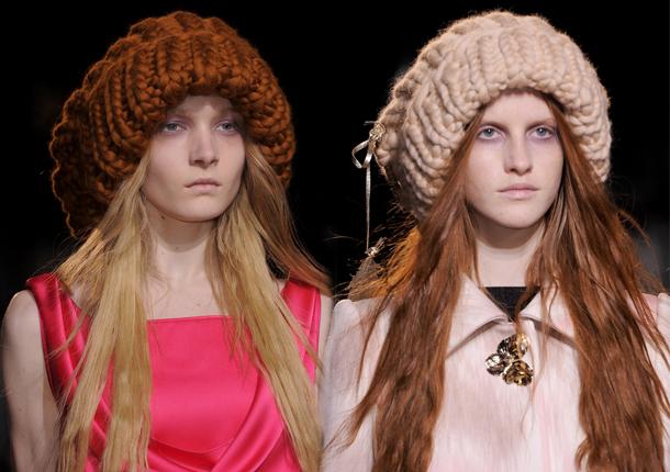 Объемная шапка в моде