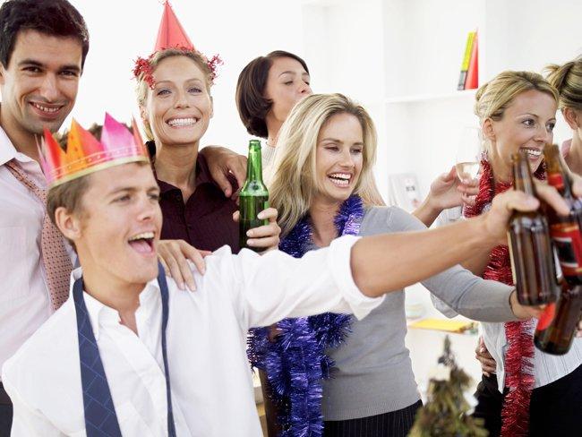 Как не стоит вести себя на новогоднем корпоративе