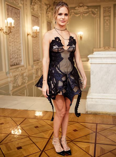 Самые неудачные звездные платья: Наталья Ионова