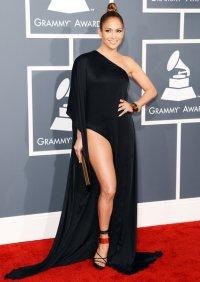 Самые неудачные звездные платья: Дженнифер Лопес в Anthony Vaccarello