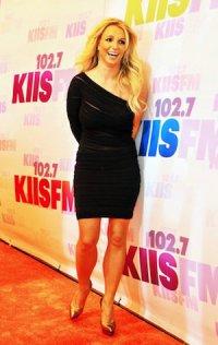 За что Бритни Спирс ненавидит Бейонсе?