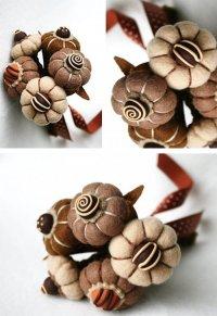 Цветы из фетра шоколадных оттенков