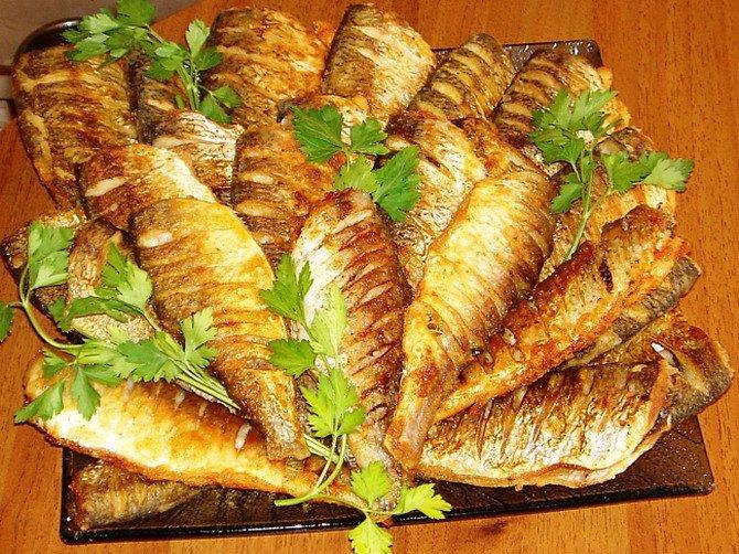 Жареная рыба без костей