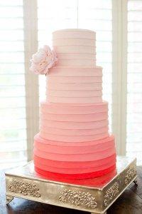 Как выбрать торт на свадьбу: количество ярусов