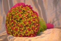 Букет из жвачек на День святого Валентина