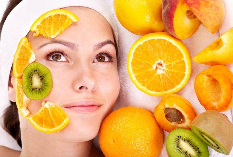 Тоник для лица на основе фруктов и ягод