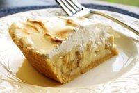 Банановый пирог с печеньем и творогом