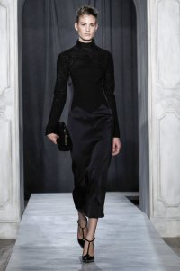 Черное платье из коллекции Jason Wu осень-зима 2014/2015