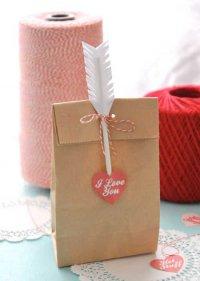 Упаковка подарка на День влюбленных