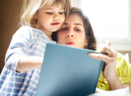 Когда начинать учить стихи с ребенком