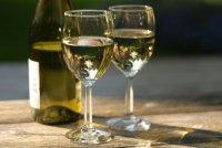 Маска для лица с белым вином