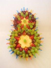 Идея оформления фруктовой нарезки на 8 Марта