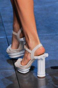 Необычные модные каблуки