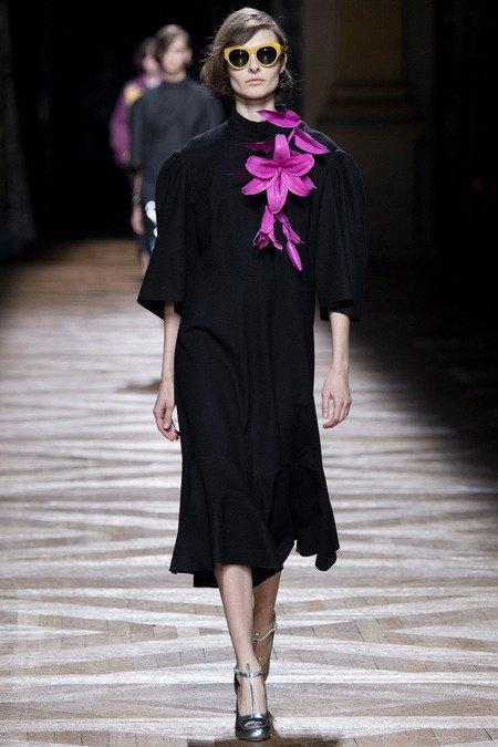 Платье с цветами из коллекции Dries Van Noten