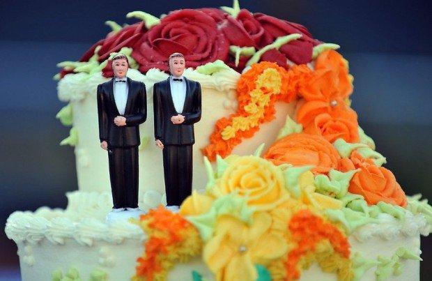 Католическая церковь заключала браки между мужчинами вплоть до XIII века