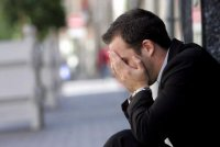 Муж в депрессии: что делать?