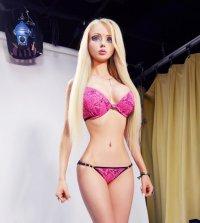 Как должна выглядеть живая кукла Барби