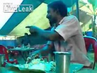 Как индусы едят рис