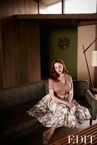 Кристина Хендрикс в образе домохозяйки