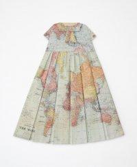 Платье с географическим акцентом