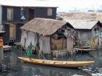 Трущобы в Макоко (Нигерия)