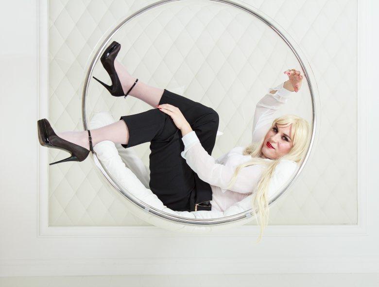 Анастасия Кристель Домани - успешная бизнес-леди в мире колготок