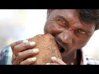 Индус, который ест кирпичи