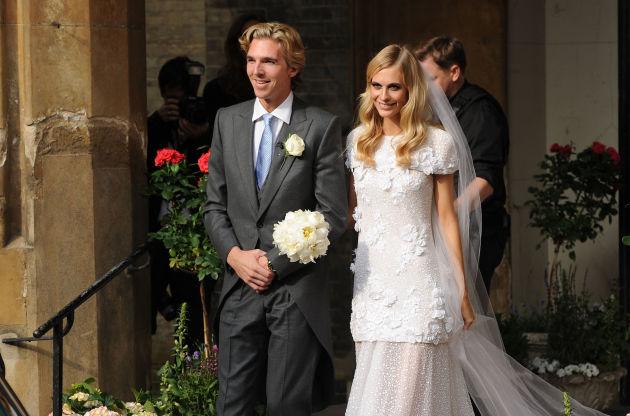 Поппи Делевинь на своей свадьбе