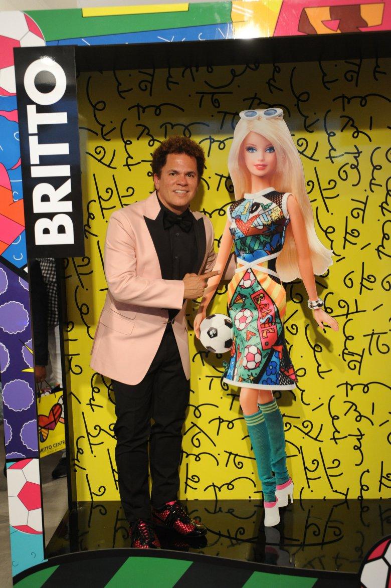 Футбол, Бразилия, Barbie!