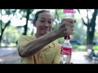 Креатив + польза: как Coca-Cola  продвигает свой продукт