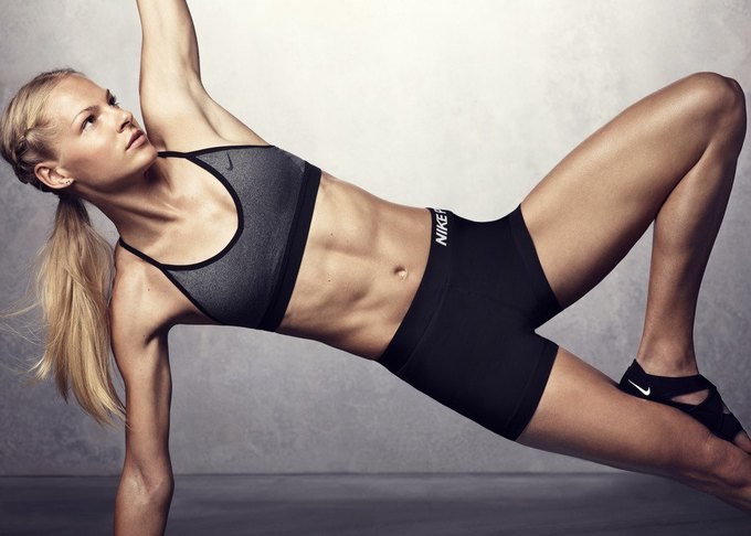 Компания Nike выпустила серию спортивных бра