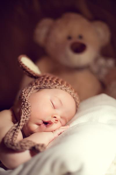 Как правильно уложить уснувшего малыша