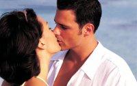 Язык поцелуев: о чем говорит поцелуй мужчины