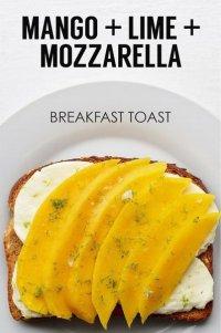 Идея для завтрака: тост с манго