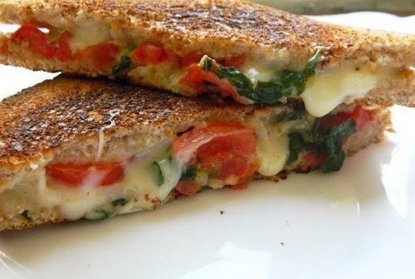Сэндвич «Капрезе»