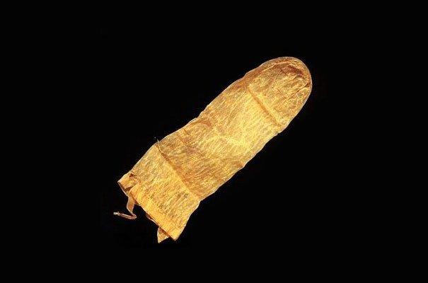 Самый древний презерватив в мире