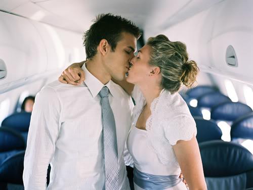 Как заняться сексом в самолете