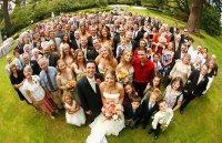 Чем больше гостей на свадьбе, тем счастливее семейная жизнь